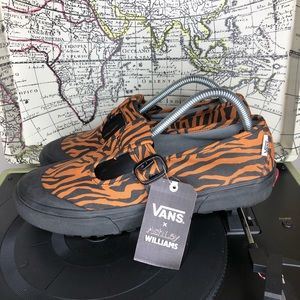 Vans 93 DX Ashley Williams tiger print women's 10